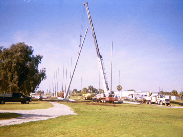Concrete Pole Barriers : Angled barrier netting for indian hills golf course ft